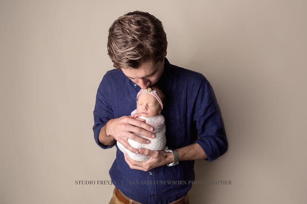 Parent Posing San Diego Newborn Portraits