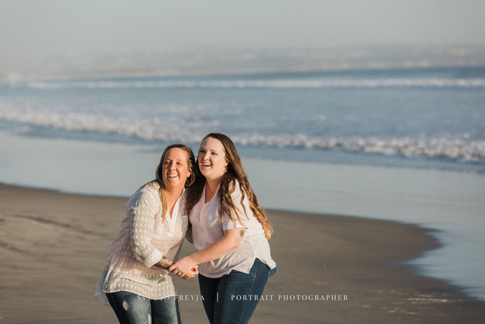 Hotel Del Coronado Beach Family Portrait Pictures