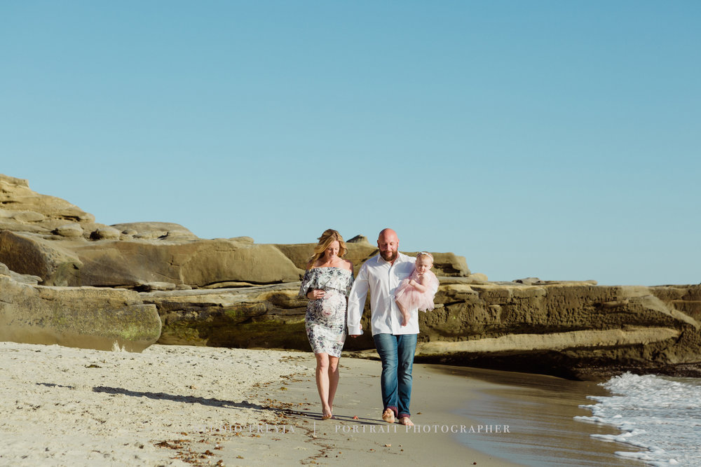 La Jolla Beach Maternity Session