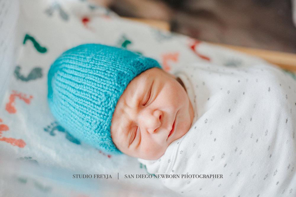 Scripps Memorial Fresh 48 Newborn Session by Studio Freyja San Diego Newborn Photographer 5.jpg