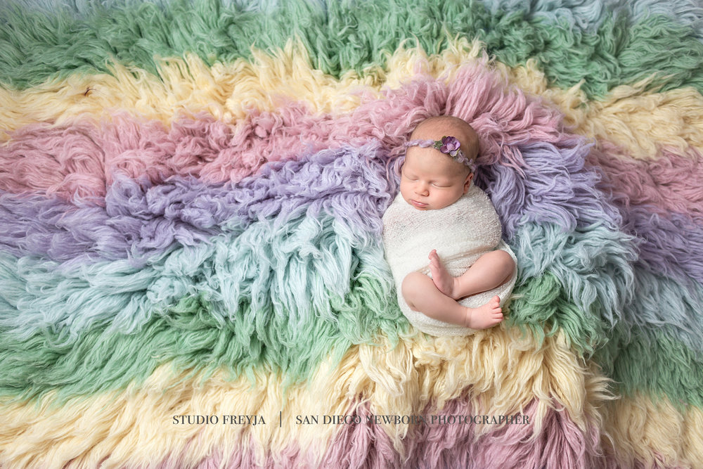 Logan Newborn Pictures Copyright Studio Freyja (2 of 7).jpg