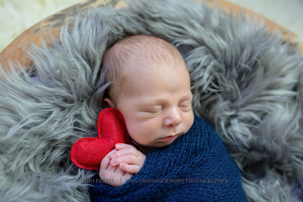 Max Newborn Pictures Copyright Studio Freyja (54 of 70).jpg