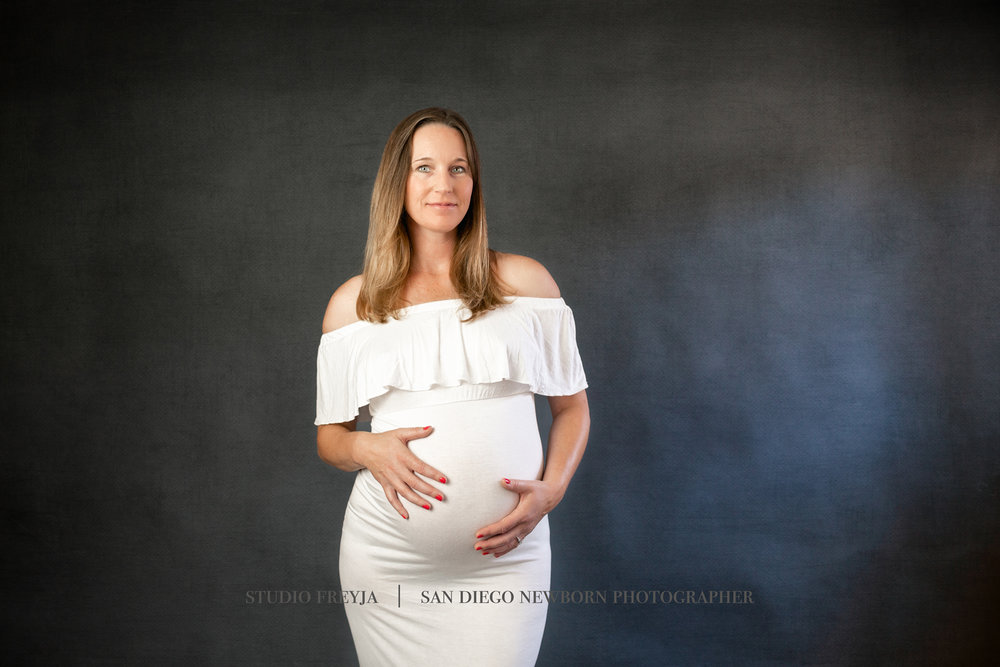 Kim L Maternity Pictures Copyright Studio Freyja (15 of 34).jpg