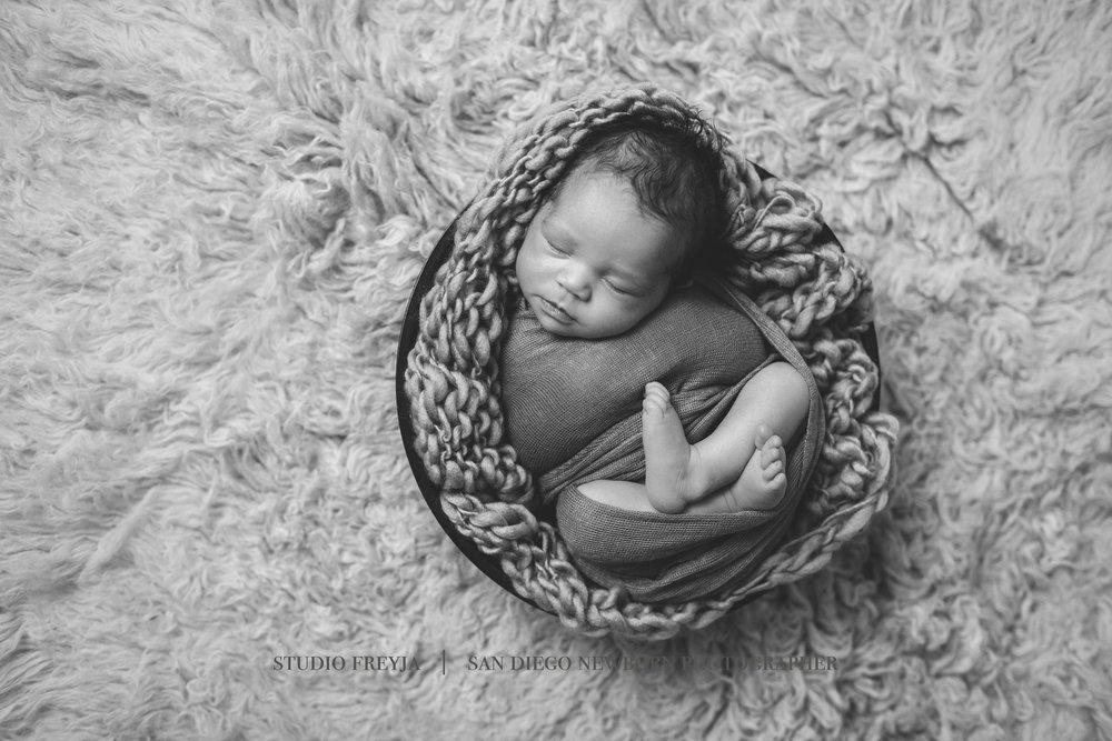Novalie Newborn Pictures Copyright Studio Freyja (19 of 47).jpg