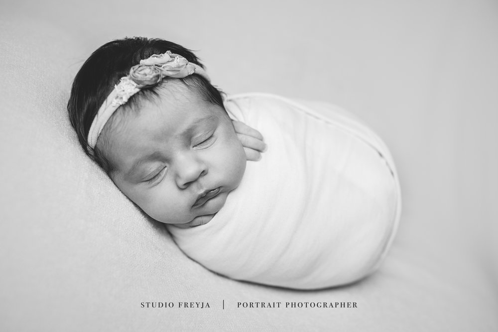 BW Wrapped Newborn Pictures San Diego