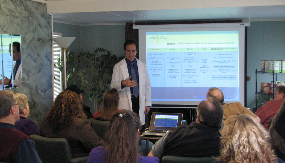 Dr. Curtis Rexroth D.C. C.C.N gives an introduction to Ideal Protein Seminar
