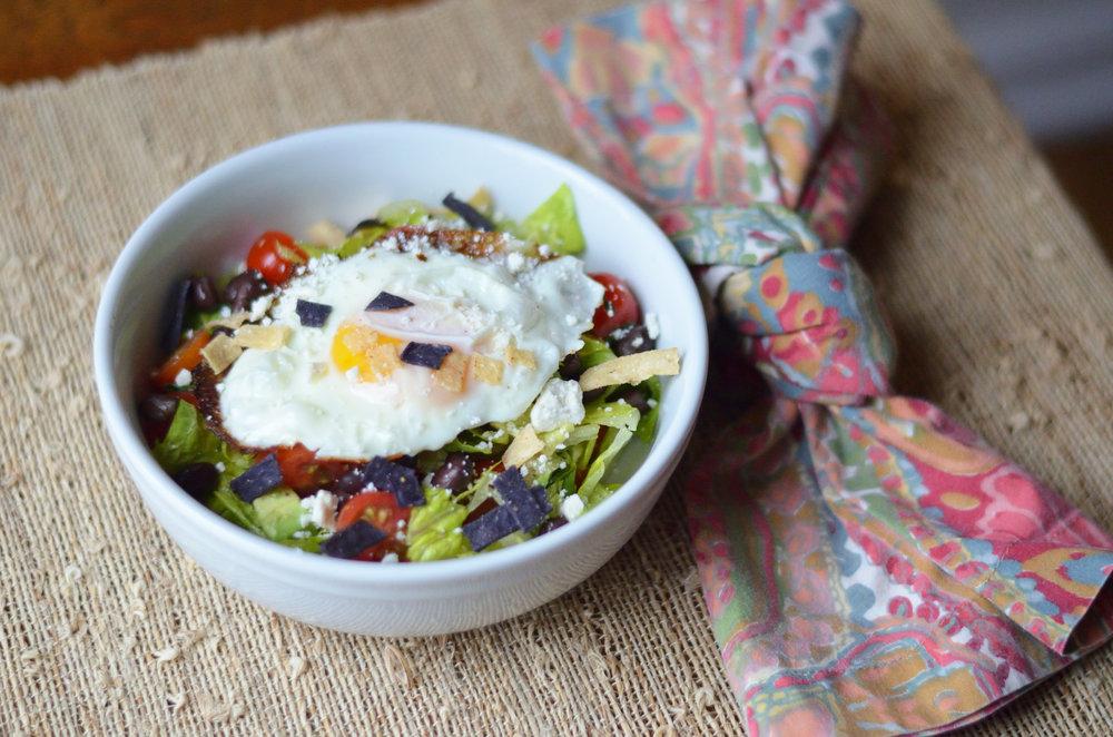 Huevos Rancheros Chopped Salad / CarolynWilliamsRD.com