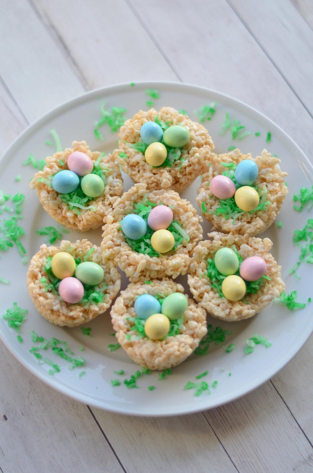 Robin's Egg Nests Easter Treat // CarolynWilliamsRD.com