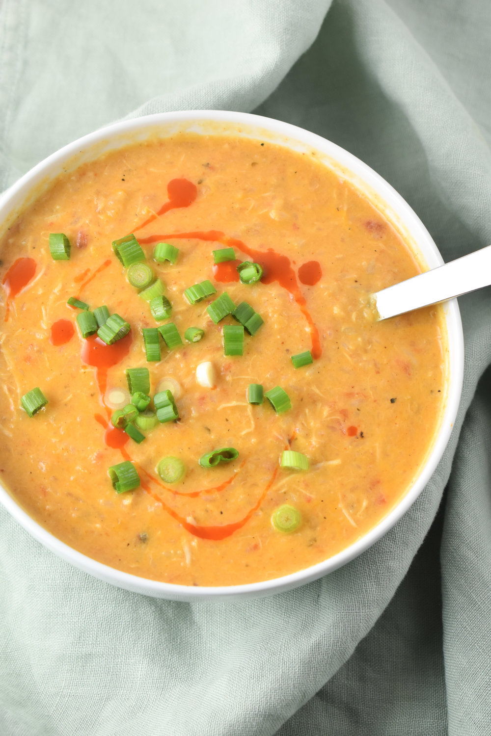 Creamy Buffalo Chicken Soup / CarolynWilliamsRD.com