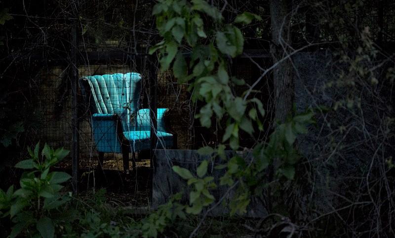 saxon aqua velvet chair  (2).jpg