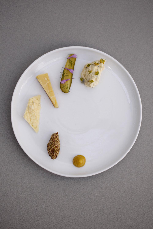 cheese_mustards.jpg