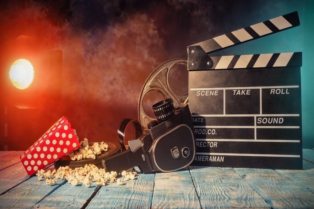 5 Must Watch Movies For New College Students -