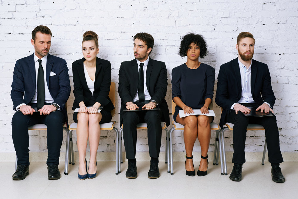 4 Ways to Stand Out From Other Job Candidates -
