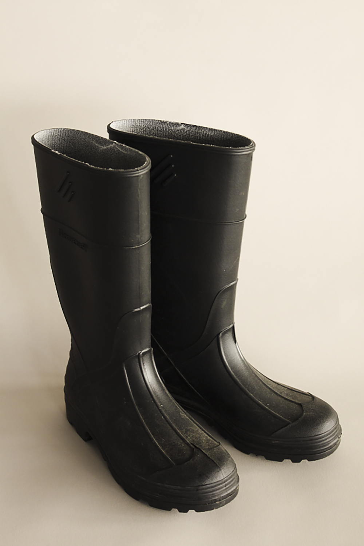 rainboots-1.jpg