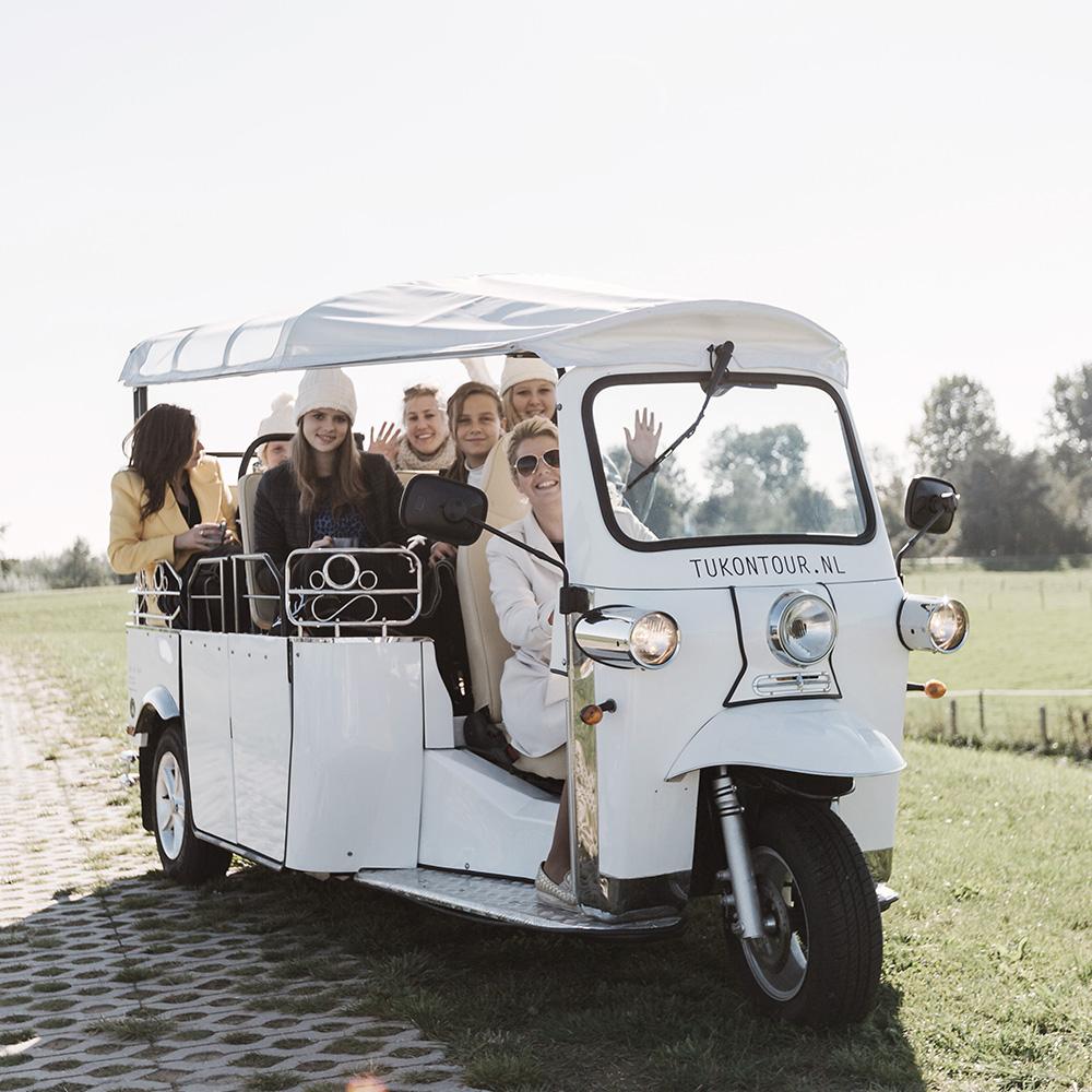 tuktuk-1.jpg