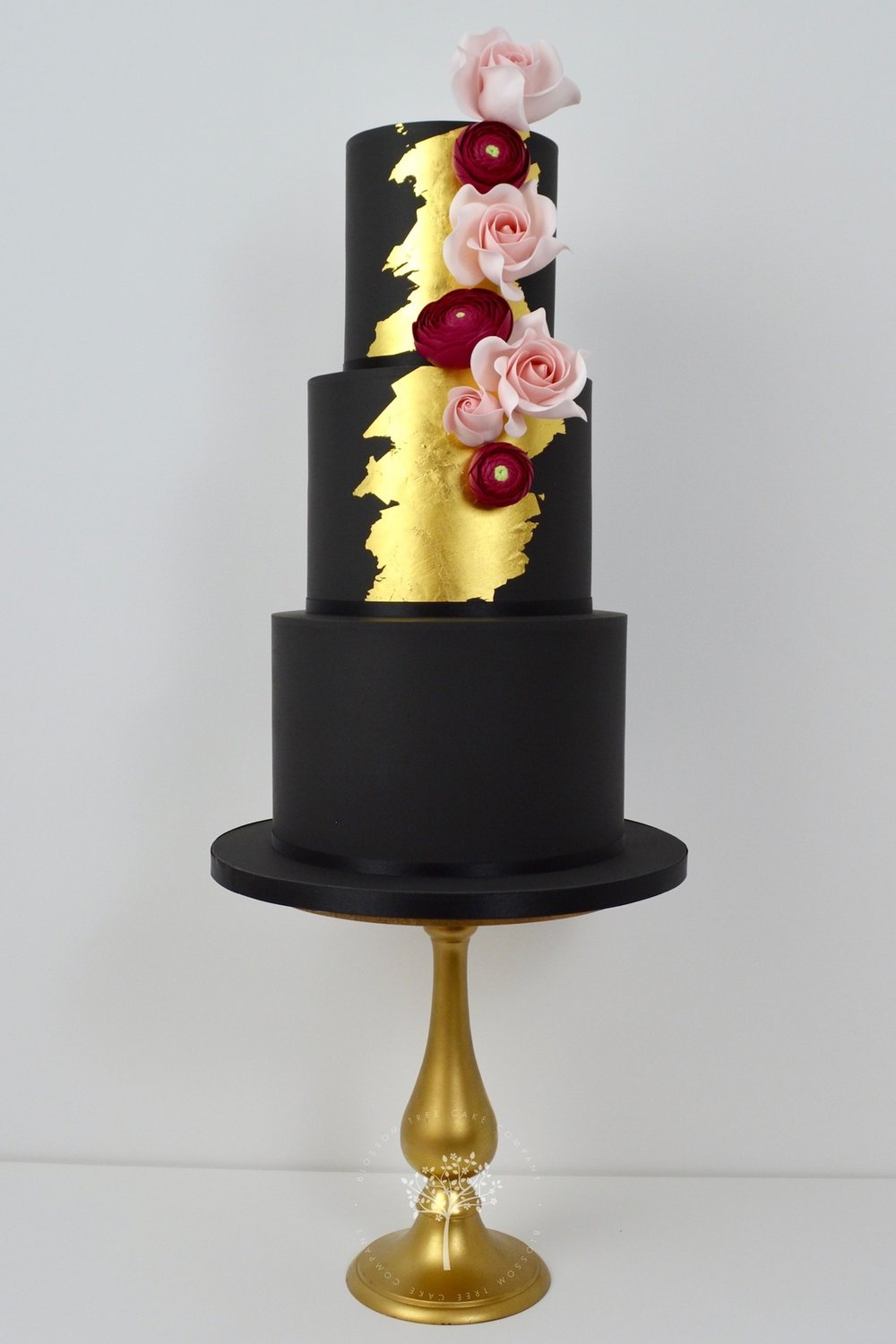 Black and Gold wedding cake by Blossom Tree Cake Company Harrogate North Yorkshire.jpg
