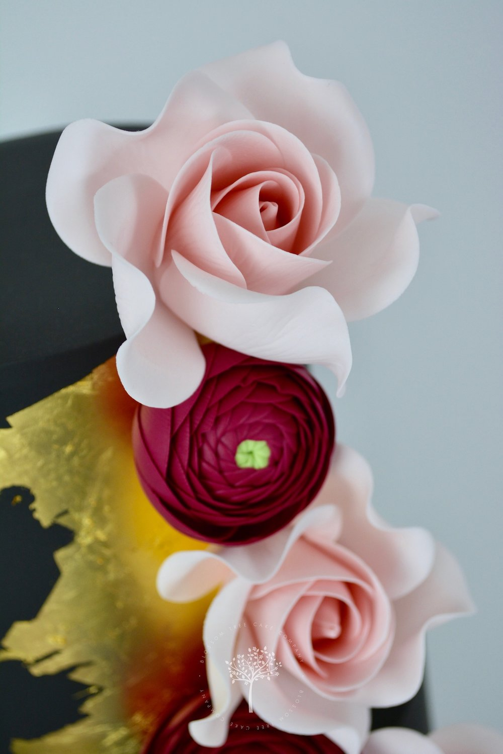 Black and Gold wedding cake by Blossom Tree Cake Company Harrogate North Yorkshire - top roses.jpg