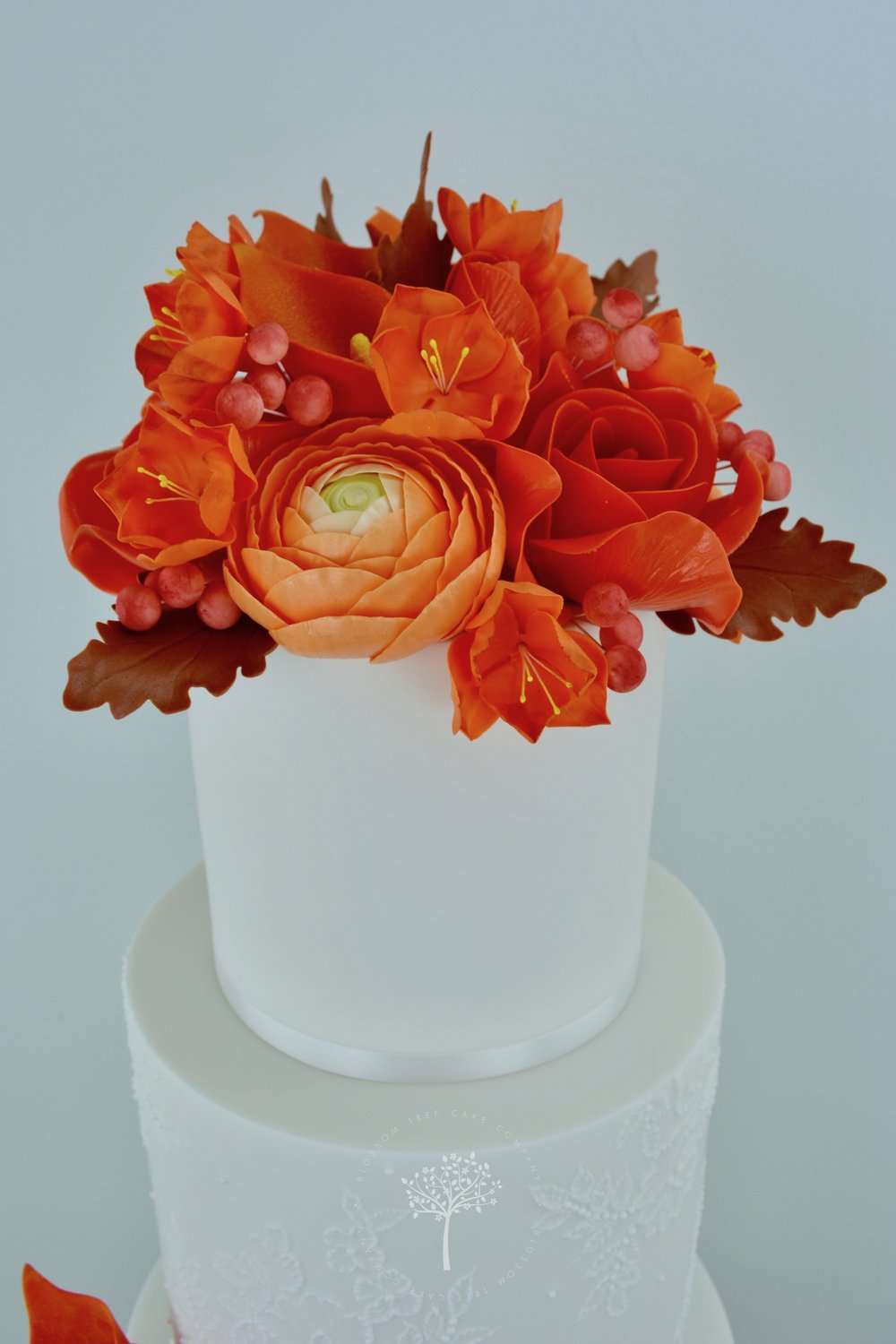 Autumn Lace wedding cake by Blossom Tree Cake Company Harrogate North Yorkshire - sugar flowers.jpg