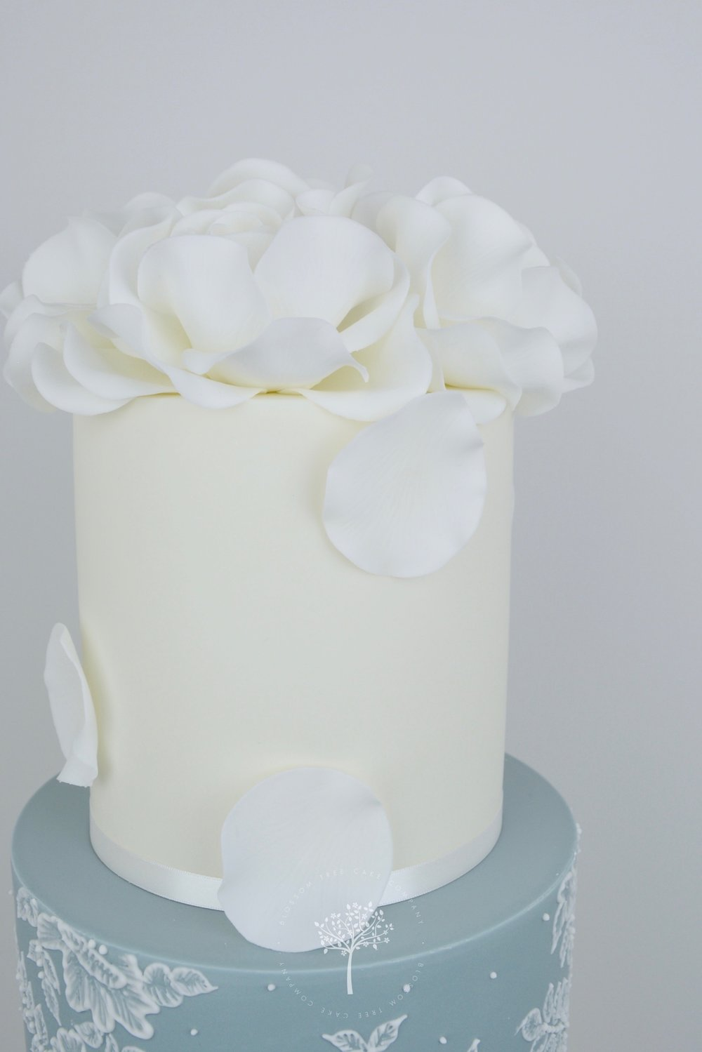 White Roses and Lace wedding cake by Blossom Tree Cake Company Harrogate North Yorkshire - top sugar roses.jpg