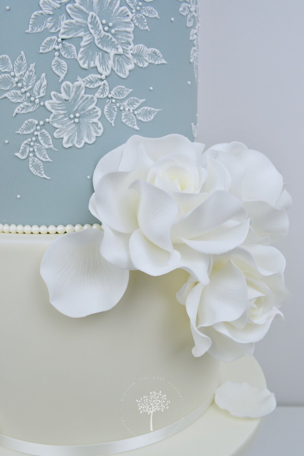 White Roses and Lace wedding cake by Blossom Tree Cake Company Harrogate North Yorkshire - embroidery lace icing.jpg