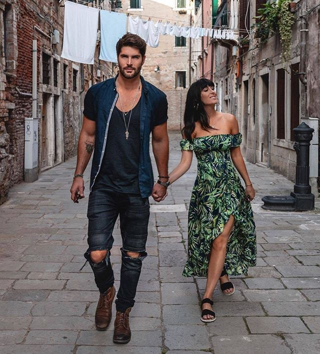 ™ When you found it. ------------------------------- #Devallor  #ModernGentleman  #menwithstyle #mensfashion #menwithclass #stylishmen #gentleman #highfashion #gentstyle #accessories #mensaccessories #classy #elegant #streetsofvenice #streetsofitaly #dapper #fashion #NickBateman #style #ootd #ootdmen #nosuittoday #outfitinspiration #streetstyle #couplegoals #venice#cheeky #italy #summeroutfit #summerstreetstyle  Seen at @nick__bateman