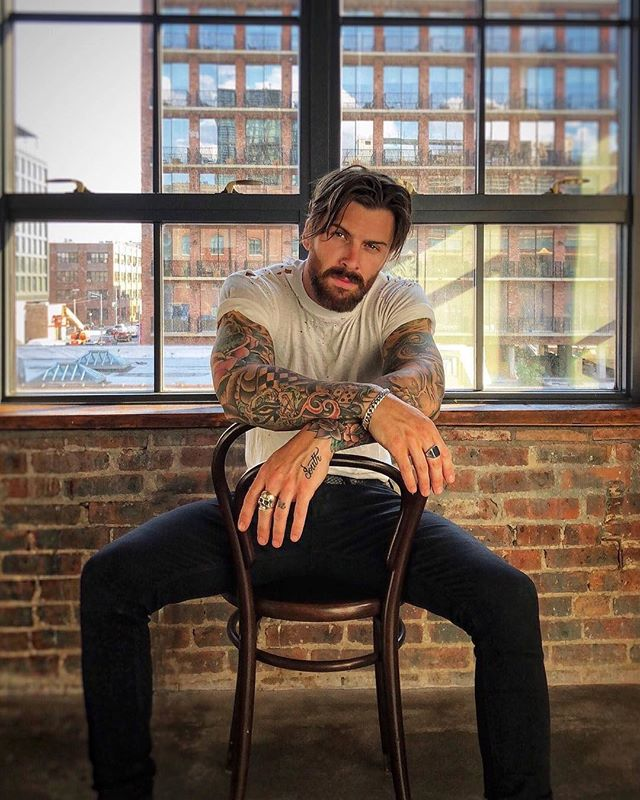 ™ Saturday shooting. ------------------------------- #Devallor #ModernGentleman #menwithstyle #mensfashion #menwithclass #stylishmen #highfashion #partytime #tattoo #tattoedman #tattoed #inked #ink #handtattoe #rough #camouflage #meninsuits #manly #ootd #ootdmen  #brooklyn #fashion #beard #wall #beard  #NewYork #StreetsOfNY #NYC #beard #hairstyle  Seen @levistocke