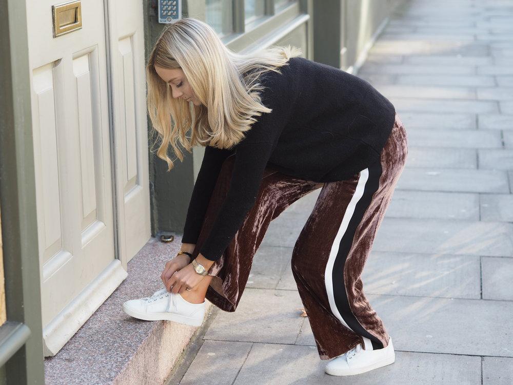 Phoebe-Velvet-Trousers-Image-3