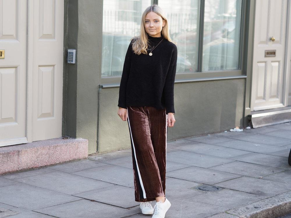 Phoebe Velvet Trousers 8.JPG