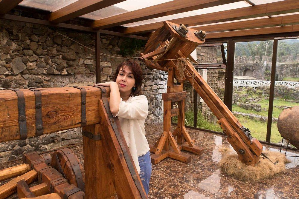Музей Гонио - В Гонио-Апсаросе есть выставка оружия и древних квеври, найденных на территории крепости.