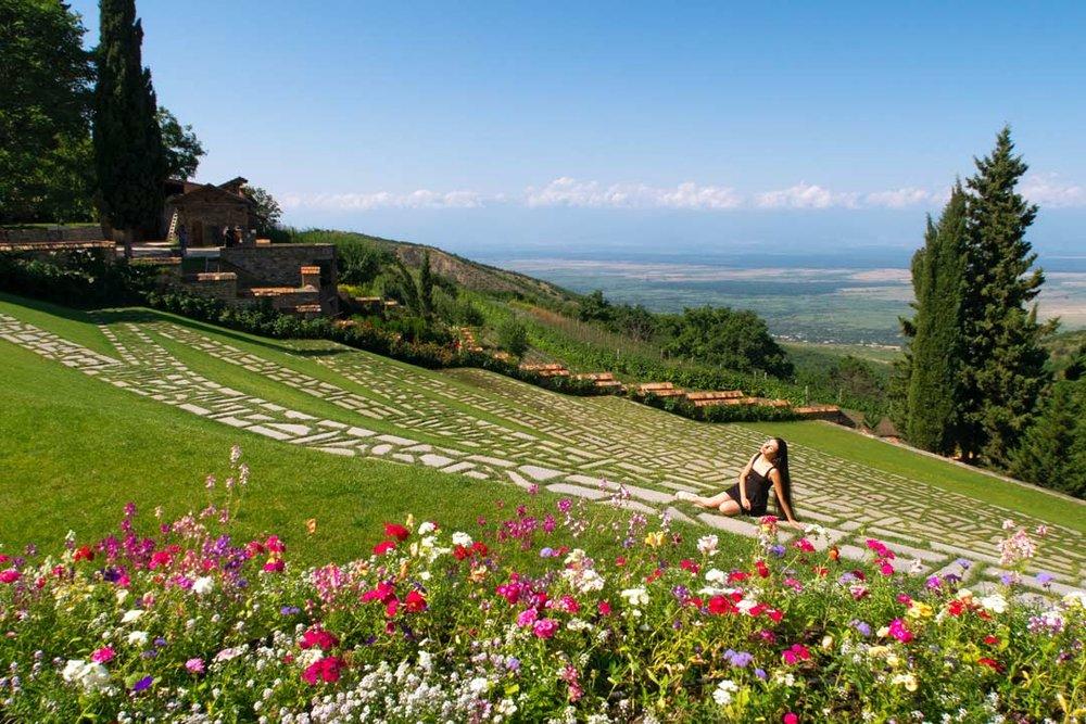 Алазанская долина - С территории монастыря открывается красивая панорама Алазанской долины.