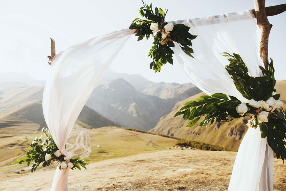 Организация-Свадеб-в-Грузии-Арка-NAMERANI.jpg