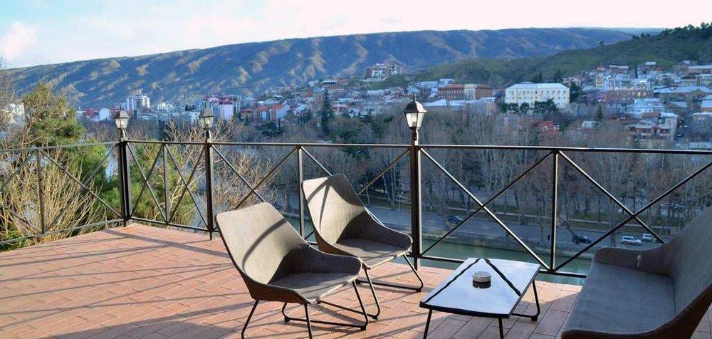 old-tbilisi-hotel-exterior-8-NAMERANI.jpg