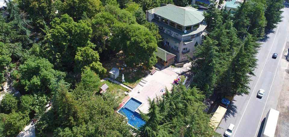 borjomis-kheoba-hotel-exterior-2-NAMERANI.jpg