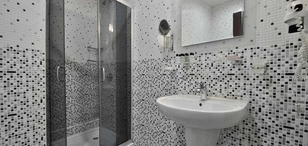 batumi-boutique-hotel-o-galorge-bathroom-NAMERANI.jpg