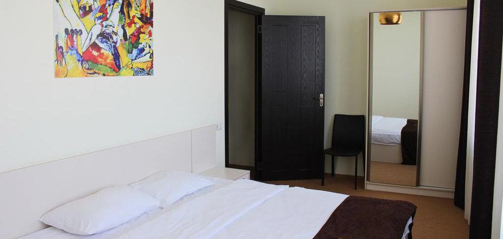 Mardi-Plaza-Hotel-комнаты-NAMERANI.jpg