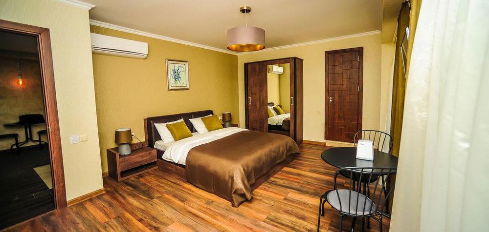 Комната-8-Hotel-Hills-Batumi-NAMERANI.jpg