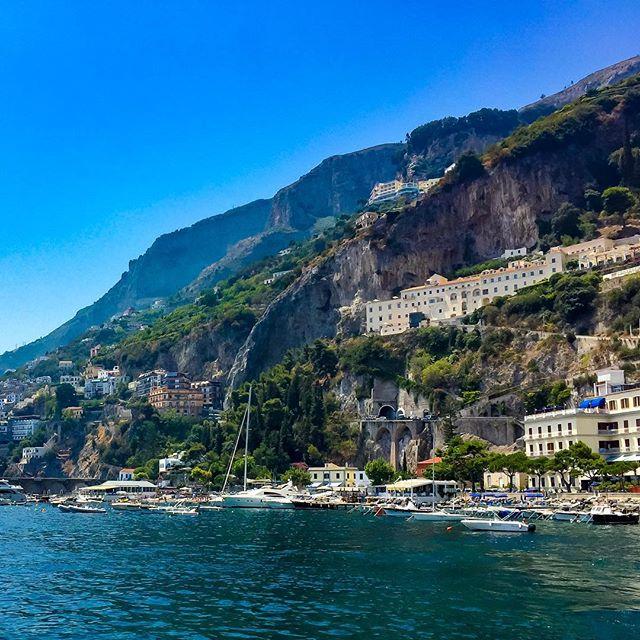 Einfach wunderschön. #italien #italy #amalficoast #amalfi #urlaub #holiday #qualitytime #boat #boating #sea
