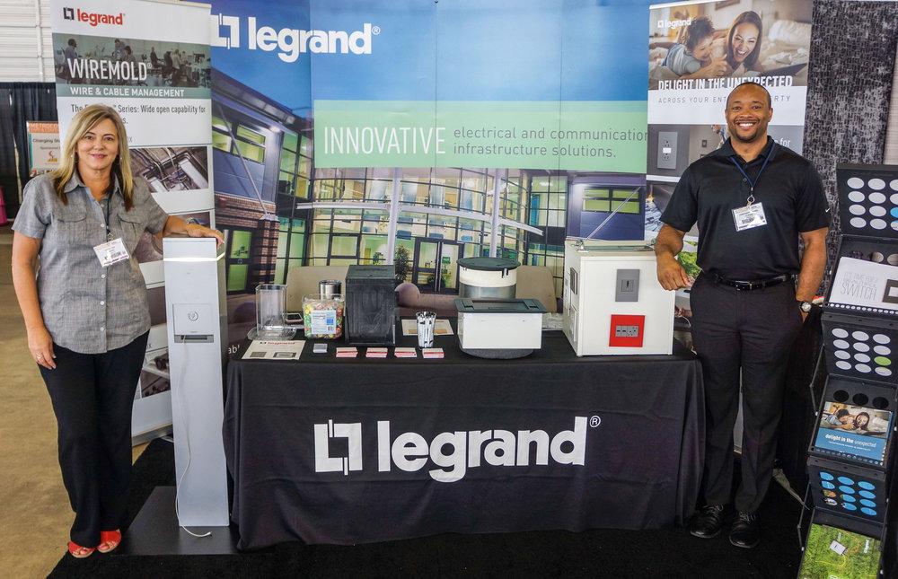 Legrand-DSC02426.jpg