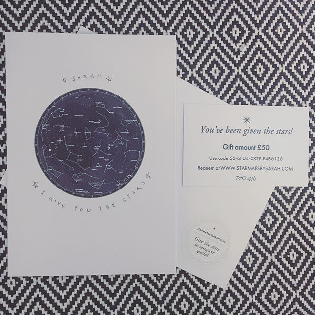 My #starmap #giftcards 😍 if you're popping along to the #christmasfayre at #royalyorkcrescent this Saturday I'll be customising them. It's a thoughtful, meaningful and perfect gift card for everyone! We've all got a special day or night we'd like to remember and having it written in the stars as a momento is so special 🙏 #starmap #starchart #catchafallingstar #celebratetheday #handmade #personalisedgift #meaningfulgift #elegantart #christmasideas