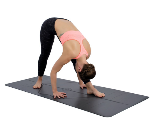World's best yoga mat! - Grippy AF(!) Handstand enthusiast or beginner you are going to love this mat