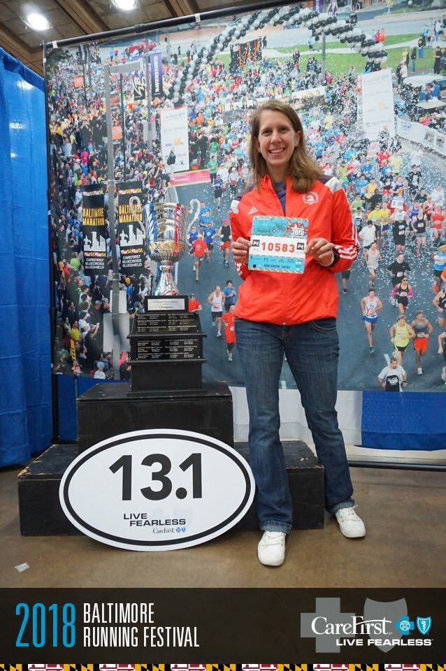 Bib pick up at the expo! Love the free race photos. Quick in and out, and back to our hotel.