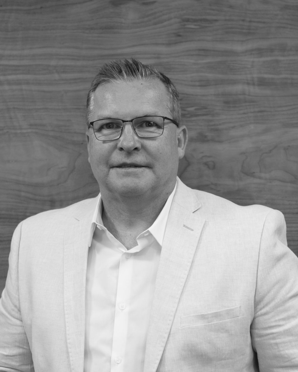 Gary Hadfield    Joint-CEO: Sagarmatha Technologies  Chief Executive Officer Loot.co.za  NHD Marketing, Harvard University Executive Program - Naspers, Poznan, Poland