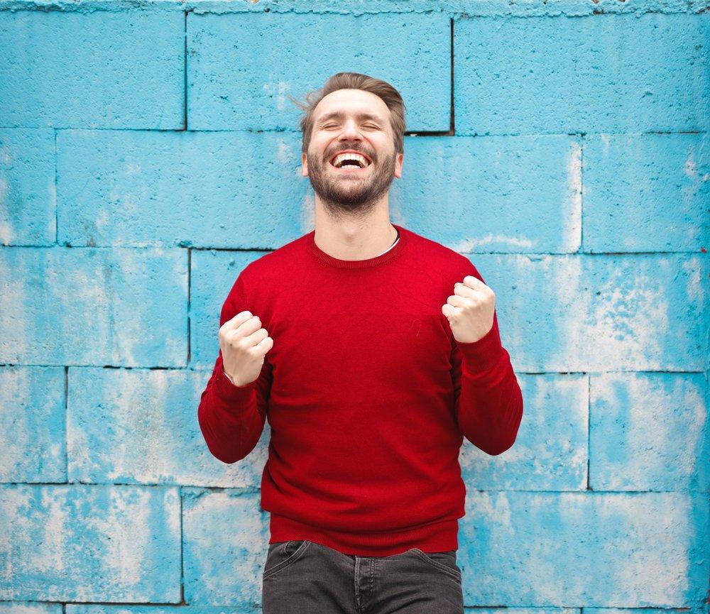 adult-background-beard-941693.jpg