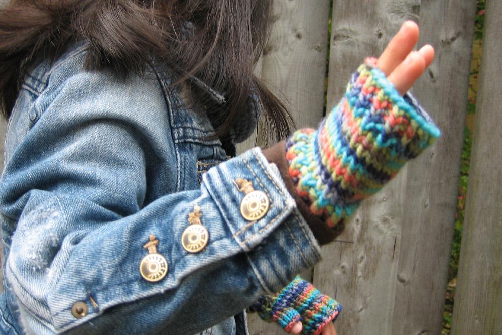 sheknitspurls_pattern_little_fingerless_gloves_2.jpg