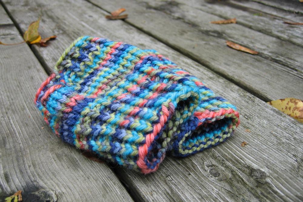 sheknitspurls_pattern_little_fingerless_gloves_3.jpg