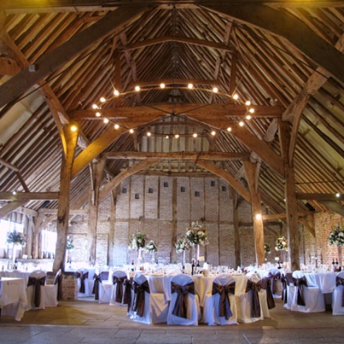 THE RED BARN - NORFOLK     Website    We're so lucky to have played in hundreds of venues and this one always blows us away because of the outstanding TLC they have for their couples, guests and suppliers. It's one of those venues where you walk in and feel like you are being hugged! When venues contact us after the event to thank us for helping make a couples day, you know they go above and beyond and massively care about their clients and suppliers, and these are the people we love to work with!