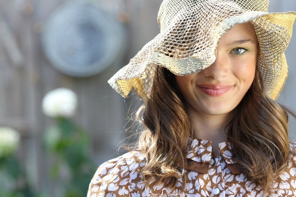straw_hat_beauty_6102.JPG