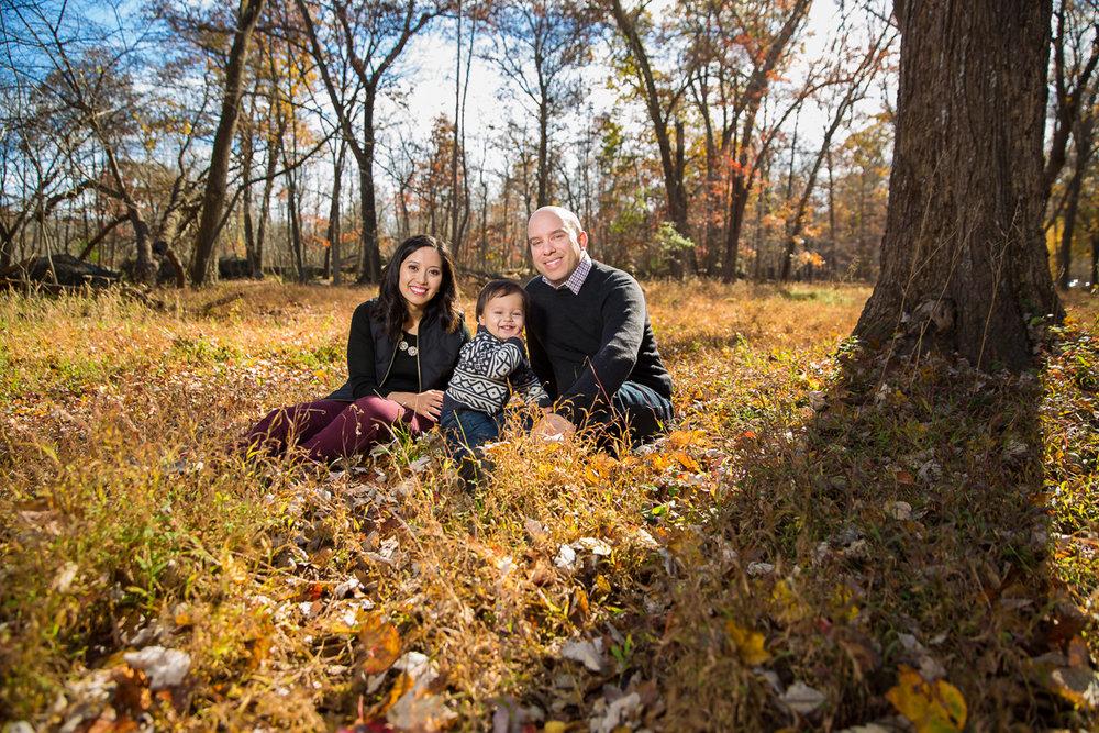 great-falls-va-fall-family-portraits-carson-06.jpg