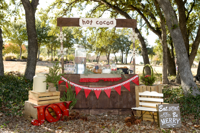 HOT COCOA PHOTO BOOTH -