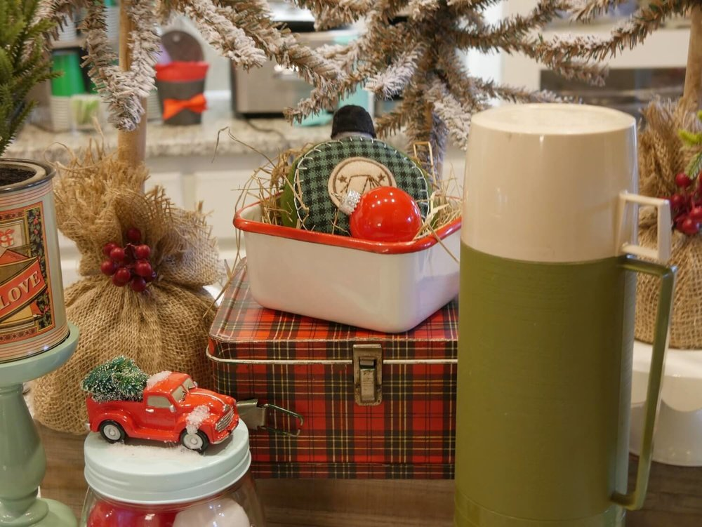 Rustic Christmas Decor and vintage accents
